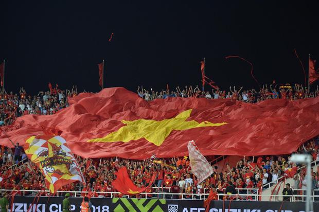 Đừng vội ăn mừng sau trận thắng Malaysia, tuyển Việt Nam sẽ phải đối diện án phạt vì những hành động thiếu kiềm chế này! - Ảnh 5.