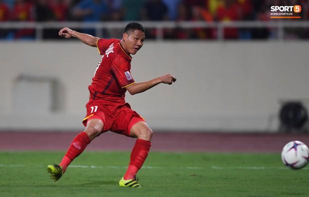 Đừng vội ăn mừng sau trận thắng Malaysia, tuyển Việt Nam sẽ phải đối diện án phạt vì những hành động thiếu kiềm chế này! - Ảnh 8.