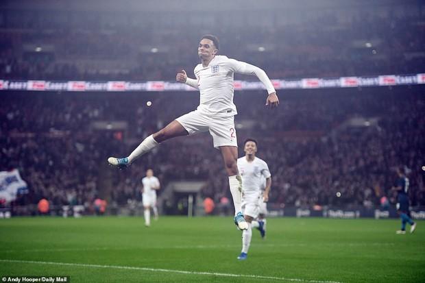 ĐT Anh thắng đậm Mỹ trong ngày chia tay đầy xúc động của Wayne Rooney - chân sút tốt nhất lịch sử Tam sư - Ảnh 10.