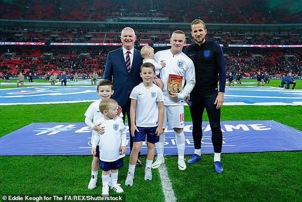 ĐT Anh thắng đậm Mỹ trong ngày chia tay đầy xúc động của Wayne Rooney - chân sút tốt nhất lịch sử Tam sư - Ảnh 3.