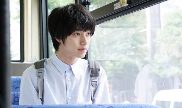 Yamazaki Kento: Từ hoàng tử shoujo mặt đơ đến nam chính xuất sắc giải thưởng truyền hình Nhật Bản - Ảnh 33.