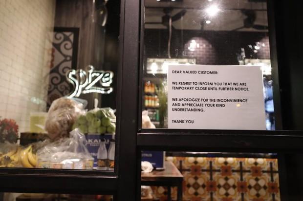 Singapore: 81 người ngộ độc, 1 người chết sau khi ăn cơm hộp ở cửa hàng nổi tiếng Spize làm hoang mang dư luận - Ảnh 2.