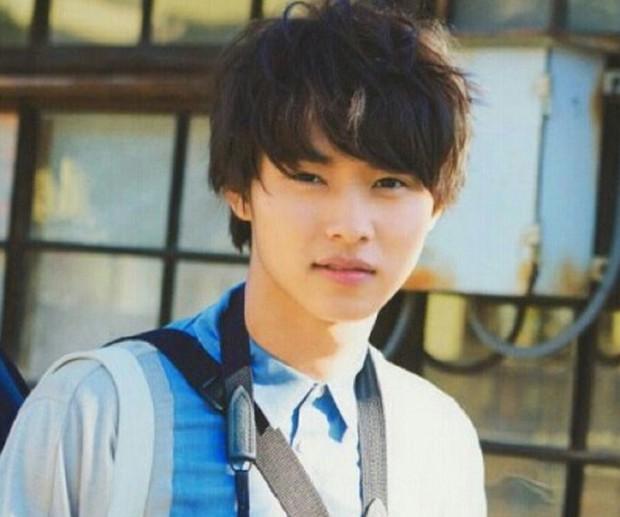 Yamazaki Kento: Từ hoàng tử shoujo mặt đơ đến nam chính xuất sắc giải thưởng truyền hình Nhật Bản - Ảnh 3.
