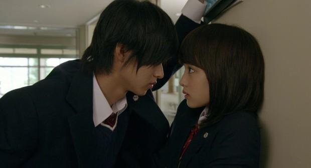 Yamazaki Kento: Từ hoàng tử shoujo mặt đơ đến nam chính xuất sắc giải thưởng truyền hình Nhật Bản - Ảnh 9.