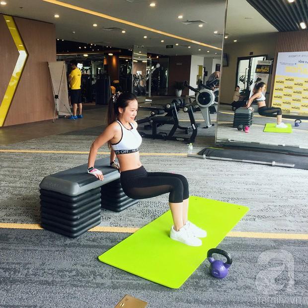 Chỉ sau 2 tuần tập gym kết hợp ăn low carb, cô gái đã thấy điều kì diệu với cơ bụng của mình - Ảnh 1.