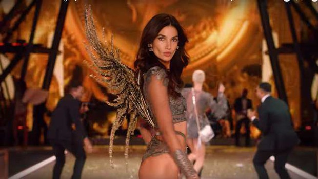 Giám đốc điều hành Victorias Secret từ chức sau lùm xùm của hãng với người mẫu chuyển giới - Ảnh 2.