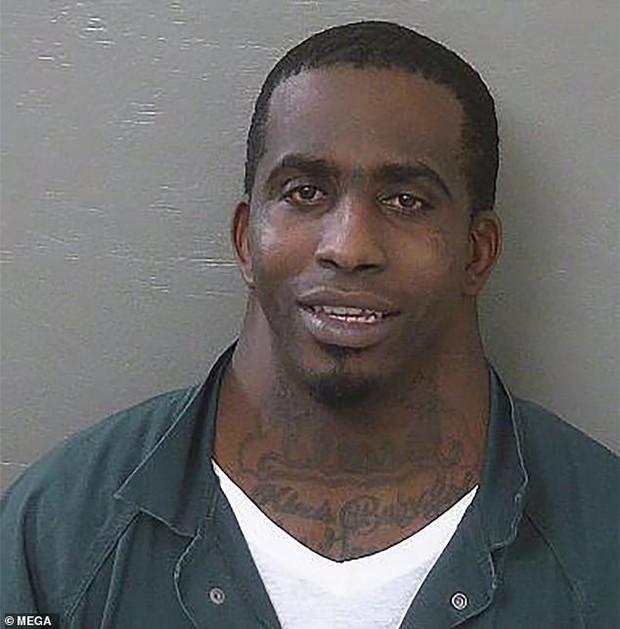 Thanh niên tội phạm có cái cổ to như sân bóng đá trở thành hiện tượng MXH Mỹ - Ảnh 1.