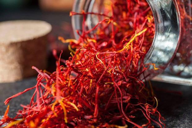Bí mật thú vị của saffron - gia vị đắt nhất thế giới gần 1 tỷ/kg từng được Nữ hoàng Ai Cập dùng dưỡng nhan  - Ảnh 7.