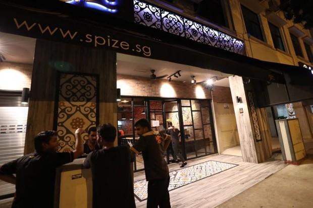 Singapore: 81 người ngộ độc, 1 người chết sau khi ăn cơm hộp ở cửa hàng nổi tiếng Spize làm hoang mang dư luận - Ảnh 1.