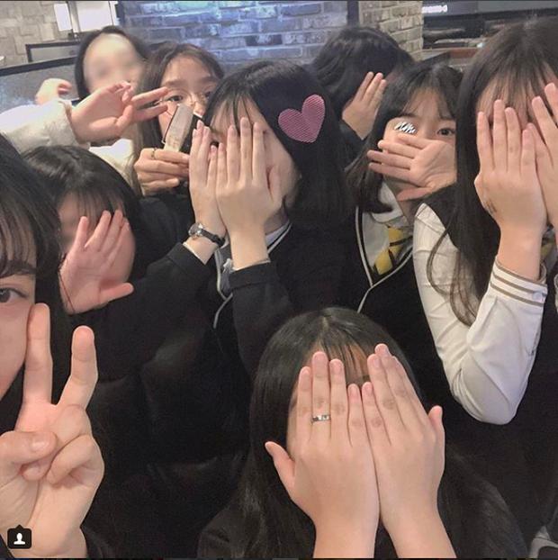 Hậu kỳ thi ĐH khốc liệt hàng đầu thế giới ở Hàn Quốc: Học sinh thi nhau vứt sách vở, quẩy tới bến chấm dứt 12 năm đèn sách - Ảnh 13.