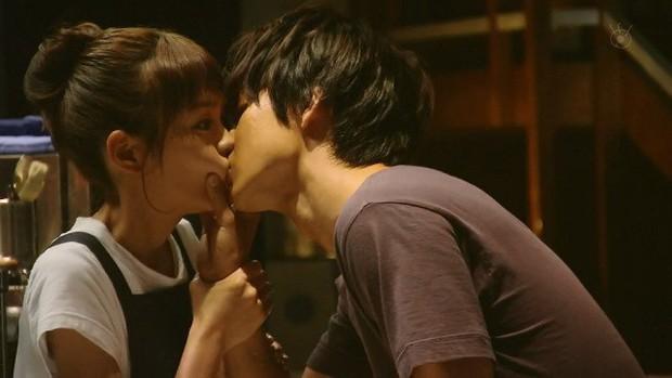 Yamazaki Kento: Từ hoàng tử shoujo mặt đơ đến nam chính xuất sắc giải thưởng truyền hình Nhật Bản - Ảnh 22.