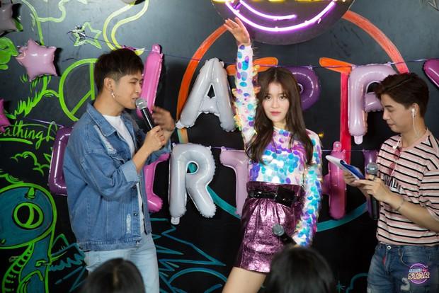 Han Sara hướng dẫn Bùi Anh Tuấn cover hit của TaeYang (BigBang) cực đáng yêu - Ảnh 5.
