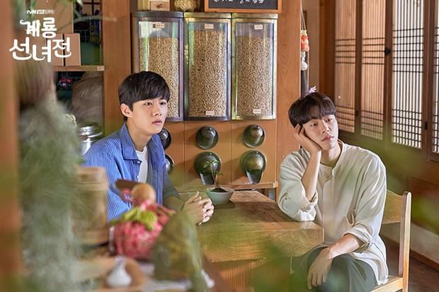 5 lí do khiến bạn không thể không yêu cô tiên Moon Chae Won chờ chồng trăm năm để đòi lại xiêm y - Ảnh 5.