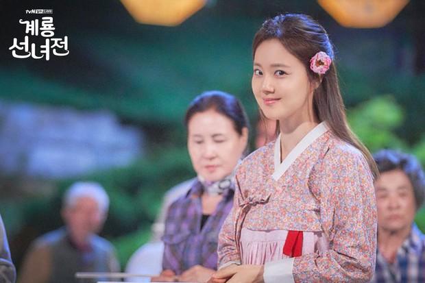 5 lí do khiến bạn không thể không yêu cô tiên Moon Chae Won chờ chồng trăm năm để đòi lại xiêm y - Ảnh 18.