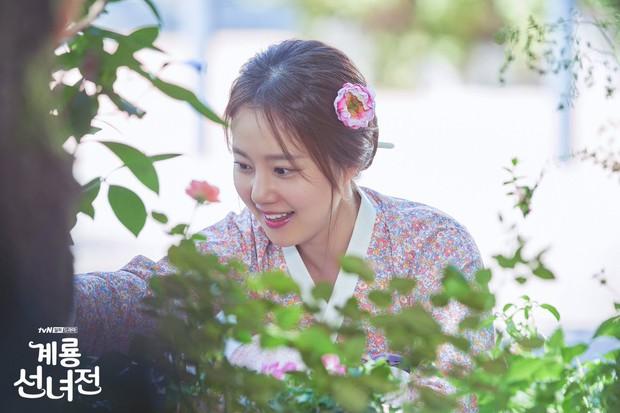 5 lí do khiến bạn không thể không yêu cô tiên Moon Chae Won chờ chồng trăm năm để đòi lại xiêm y - Ảnh 15.