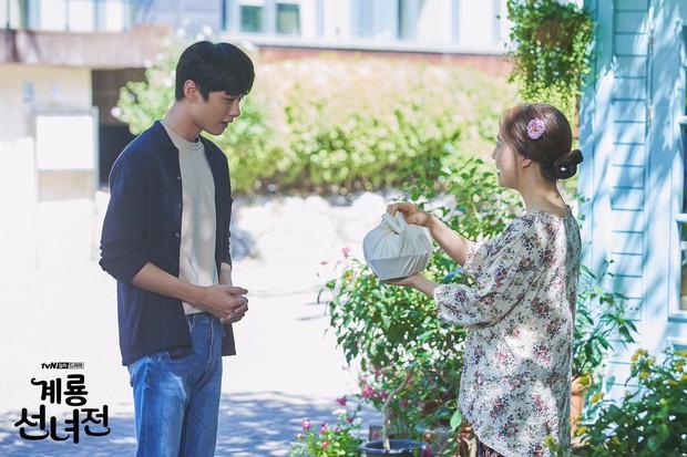 5 lí do khiến bạn không thể không yêu cô tiên Moon Chae Won chờ chồng trăm năm để đòi lại xiêm y - Ảnh 16.