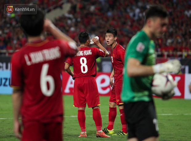Sau trận thắng Malaysia, không ai ở tuyển Việt Nam có thể vượt mặt Duy Mạnh về độ gắt - Ảnh 5.