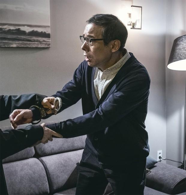 4 cặp cha con đặc biệt nhất trong loạt phim Hàn 2018 - Ảnh 35.