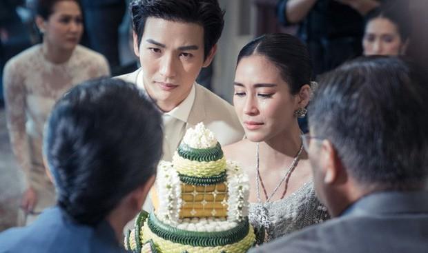 Ảnh cưới đẹp như phim của cặp quyền lực Tbiz Push Puttichai và Jooy: Xúc động nhất là giọt nước mắt sau bao khó khăn - Ảnh 6.