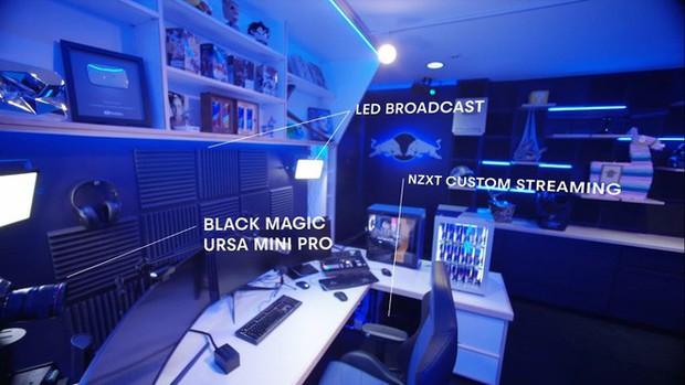 Bên trong studio khủng của hot streamer hàng đầu thế giới: Thiên đường công nghệ đội lốt tầng hầm - Ảnh 1.