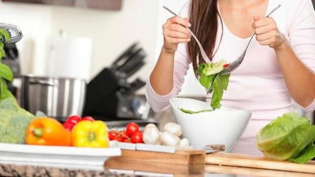 Vẫn biết khi Eat Clean, ăn nhiều rau hơn giúp giảm cân là đúng nhưng nhiều quá lại hóa hại - Ảnh 8.
