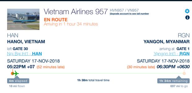 Chuyến bay của tuyển Việt Nam bị delay, Trọng Ỉn ân cần nhắc Tiến Dũng nhớ giữ passport cẩn thận!  - Ảnh 11.