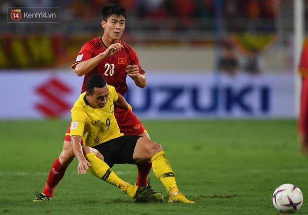 Sau trận thắng Malaysia, không ai ở tuyển Việt Nam có thể vượt mặt Duy Mạnh về độ gắt - Ảnh 10.