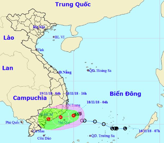 Bão số 8 suy yếu thành áp thấp nhiệt đới giật cấp 9, đổ bộ vào Bình Thuận đến Bà Rịa - Vũng Tàu - Ảnh 1.