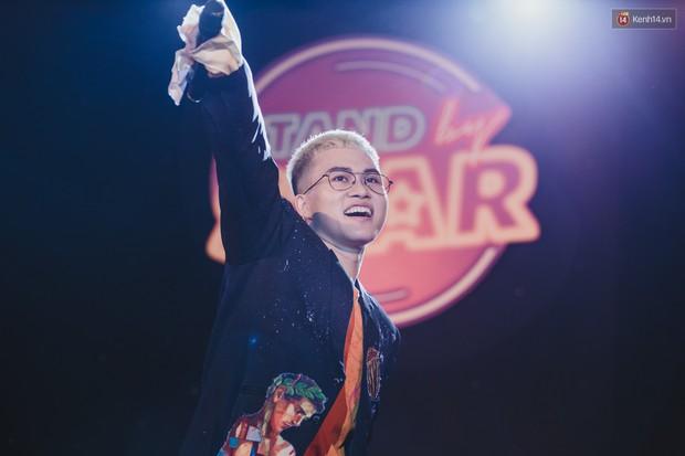 Stand By Star: Gần 30 ca sĩ Vpop đình đám bậc nhất mang loạt hit bự, cháy cùng hàng ngàn sinh viên mừng ngày 20/11 - Ảnh 32.