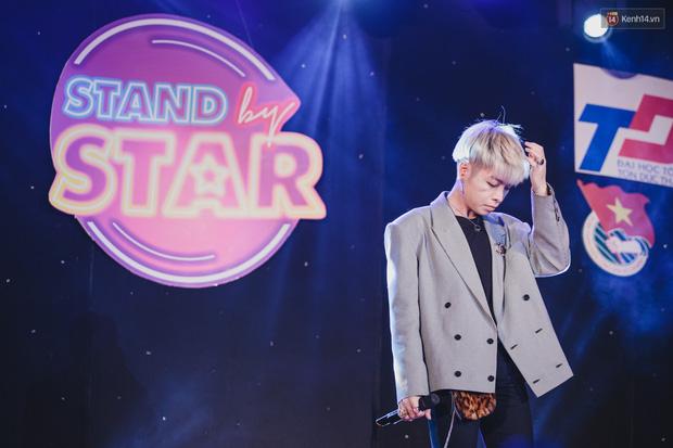 Stand By Star: Gần 30 ca sĩ Vpop đình đám bậc nhất mang loạt hit bự, cháy cùng hàng ngàn sinh viên mừng ngày 20/11 - Ảnh 10.