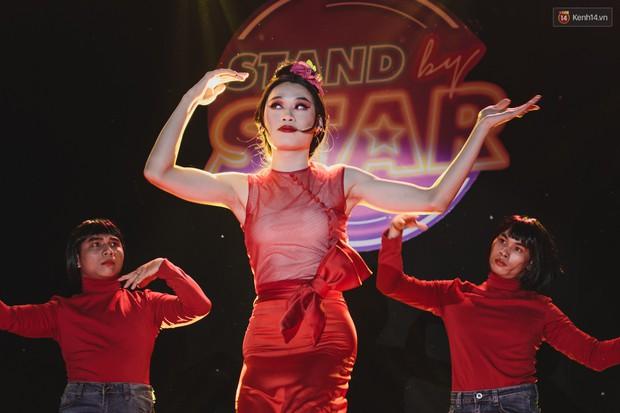 Huỳnh Lập, Quang Trung hoá Chi Pu, Bích Phương cực lầy, gây lộn với Chị Cano Lê Nhân khiến fan cười nghiêng ngả - Ảnh 3.