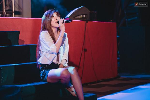 Stand By Star: Gần 30 ca sĩ Vpop đình đám bậc nhất mang loạt hit bự, cháy cùng hàng ngàn sinh viên mừng ngày 20/11 - Ảnh 13.