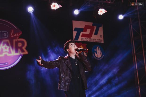 Stand By Star: Gần 30 ca sĩ Vpop đình đám bậc nhất mang loạt hit bự, cháy cùng hàng ngàn sinh viên mừng ngày 20/11 - Ảnh 31.