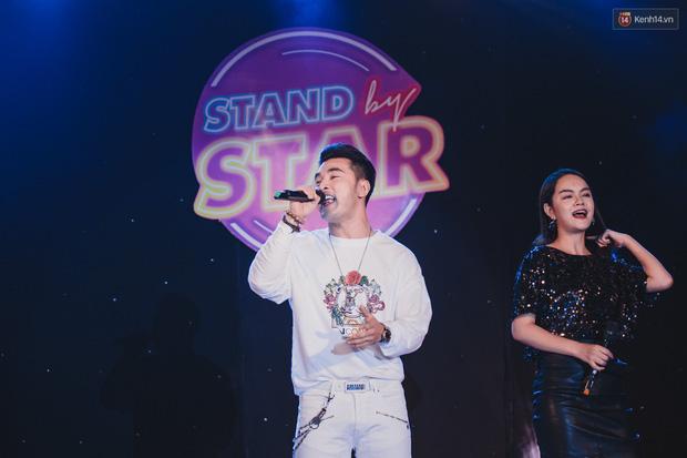 Stand By Star: Gần 30 ca sĩ Vpop đình đám bậc nhất mang loạt hit bự, cháy cùng hàng ngàn sinh viên mừng ngày 20/11 - Ảnh 3.