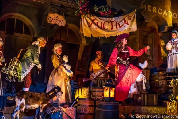 Cướp biển Jack Sparrow của Johnny Depp sẽ được tái khởi động với phiên bản nữ? - Ảnh 2.