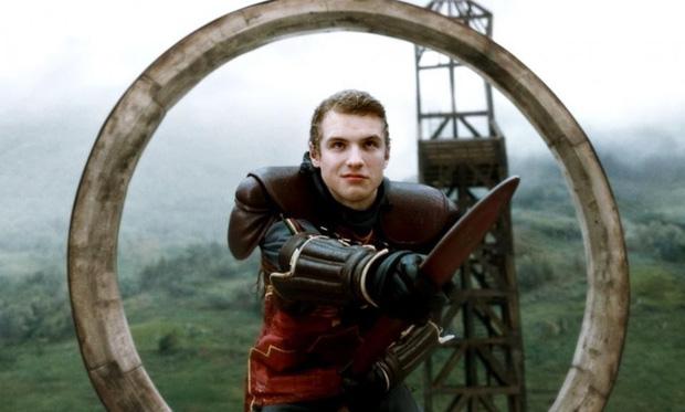 """Soi mỏi mắt không hết """"trứng phục sinh"""" trong thế giới phù thuỷ Fantastic Beasts 2 - Ảnh 9."""