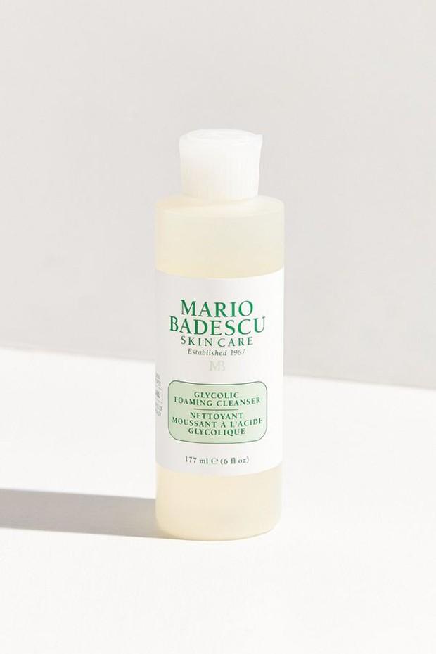 5 loại sữa rửa mặt không chỉ làm sạch hiệu quả mà còn hỗ trợ trị mụn cừ khôi - Ảnh 1.