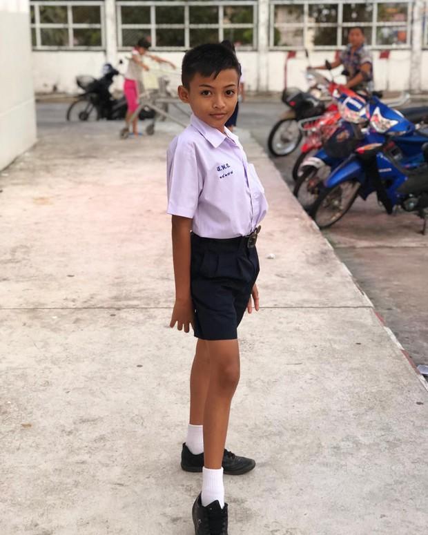 Cậu bé Thái Lan 12 tuổi kiếm bộn tiền, gây sốt trên Instagram nhờ tài make up - Ảnh 1.