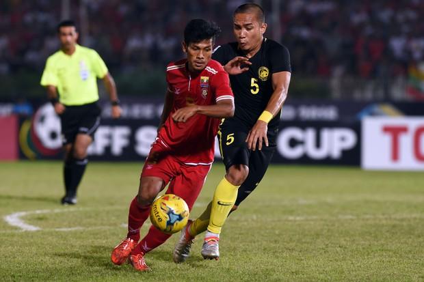 Kém 3 tuổi, Ronaldo Myanmar vẫn tán đổ MC đẹp nghiêng nước nghiêng thành - Ảnh 1.