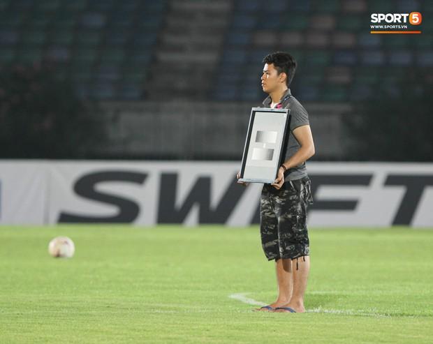 Myanmar sử dụng dàn máy quay đẳng cấp World Cup, khán giả Việt không còn lo bỏ lỡ bàn thắng - Ảnh 4.