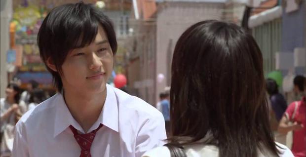 Yamazaki Kento: Từ hoàng tử shoujo mặt đơ đến nam chính xuất sắc giải thưởng truyền hình Nhật Bản - Ảnh 10.