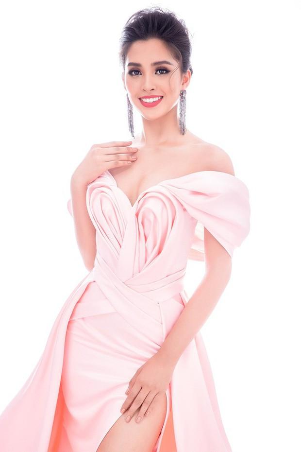 Tiểu Vy mang đến Miss World 2018 loạt váy dạ hội sang chảnh, khoe trọn sắc vóc của mỹ nhân 10x - Ảnh 6.
