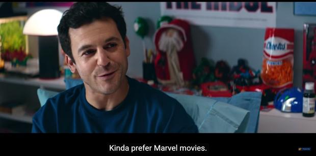 Deadpool đá đểu Marvel trong trailer phiên bản Giáng Sinh - Ảnh 6.