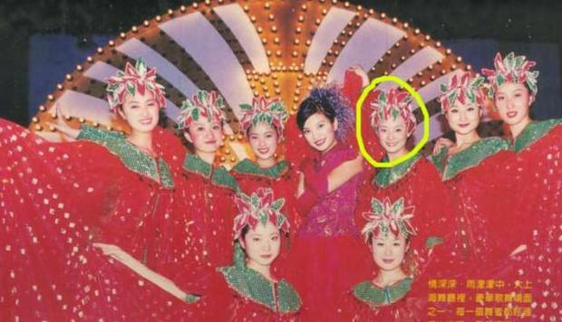 Từng làm nền cho mỹ nhân khác, loạt sao nữ châu Á không ngờ có ngày đổi đời ngoạn mục như thế này! - Ảnh 20.
