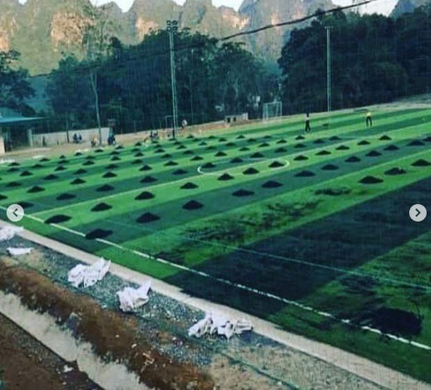 Hai anh em nhà thủ môn Bùi Tiến Dũng góp tiền xây sân bóng phục vụ người dân quê nhà - Ảnh 5.