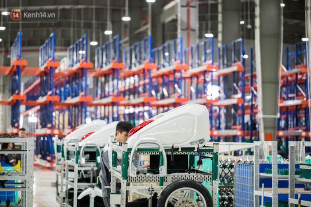 Ảnh: Tham quan công xưởng hiện đại của nhà máy sản xuất xe máy điện thông minh VinFast - Ảnh 9.