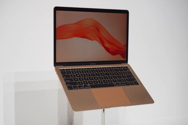 MacBook Air mới có chạy nhanh hơn các anh em của nó? Câu trả lời thực sự bất ngờ so với mong đợi - Ảnh 1.