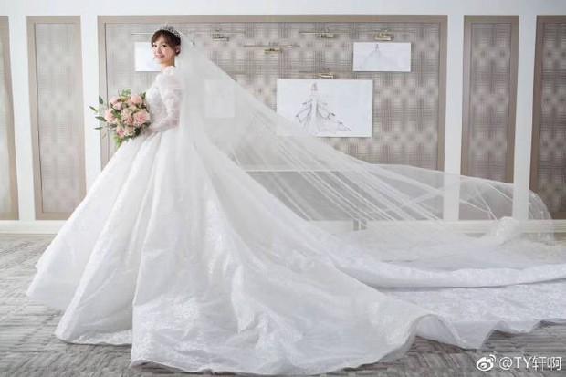 Chùm ảnh Đường Yên hoá thành công chúa đẹp hoàn mỹ với váy cưới đuôi dài 4m cuối cùng cũng được tiết lộ - Ảnh 11.