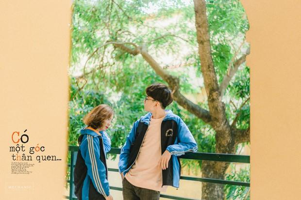 Mặc đồng phục, chụp ảnh ở những góc quen thuộc của trường, cặp đôi 10x cho ra đời bộ ảnh lãng mạn, tình bể bình - Ảnh 2.