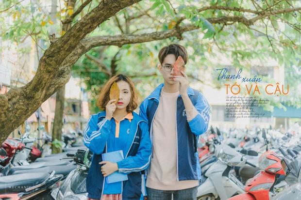 Mặc đồng phục, chụp ảnh ở những góc quen thuộc của trường, cặp đôi 10x cho ra đời bộ ảnh lãng mạn, tình bể bình - Ảnh 1.